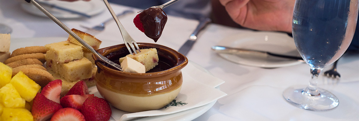 Goldener Hirsch Restaurant chocolate fondue