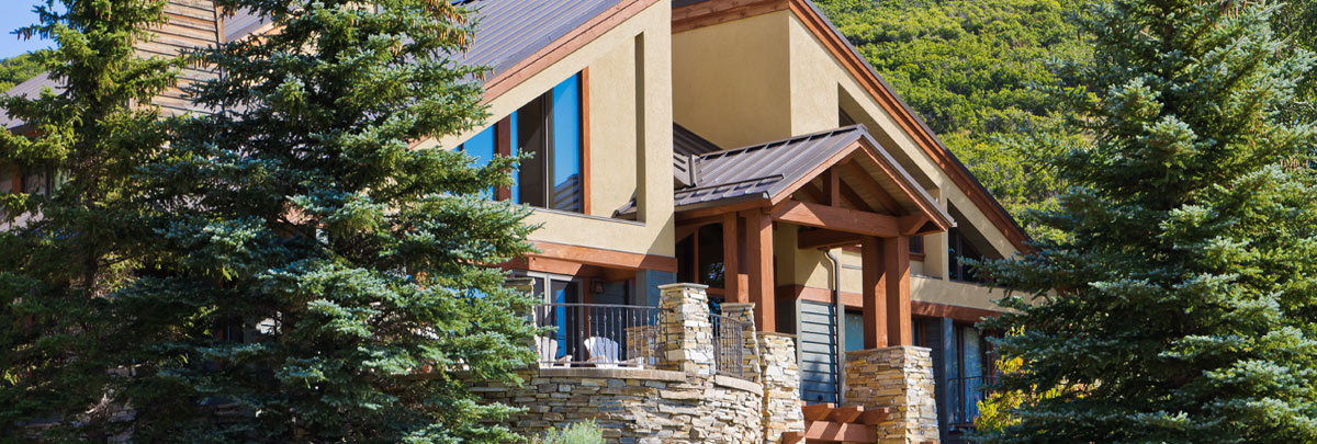 Exterior view of 2960 Telemark Private Home