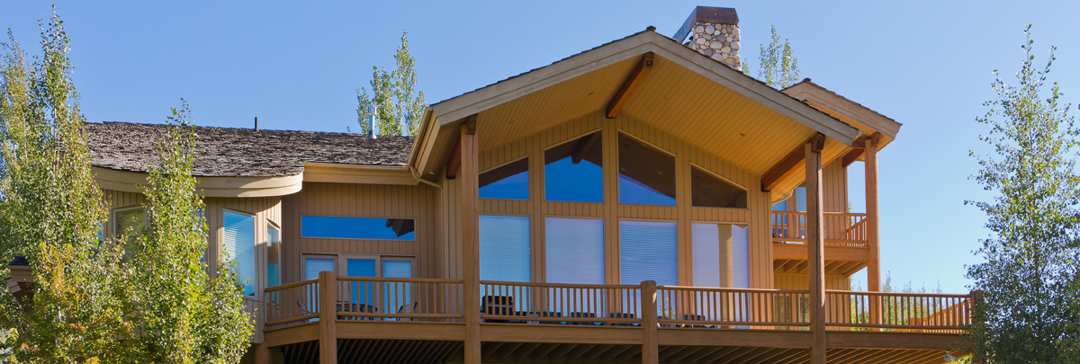 Exterior view of 2785 Telemark Private Home