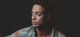 Amos Lee Concert Image